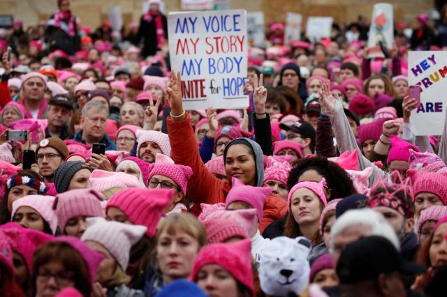 women039s-march-les-femmes-defilent-contre-donald-trump-a-travers-le-monde-photo-41_0